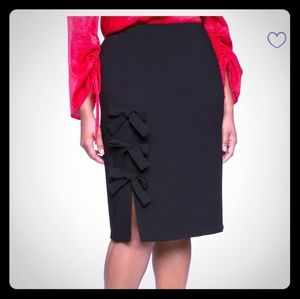 New pencil skirt with bows